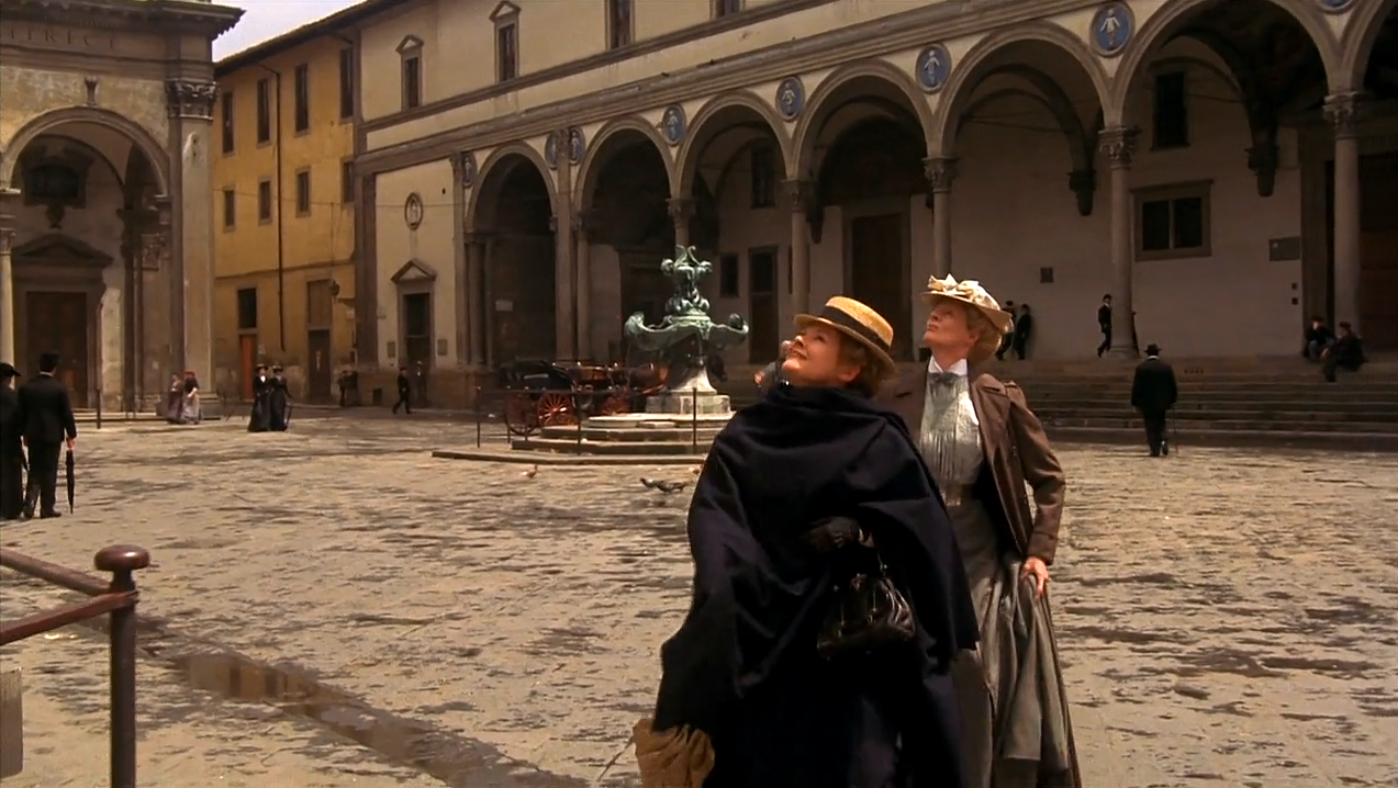 Eleanor (Judi Dench) and Charlotte (Maggie Smith) in Florence